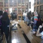 În vizită la biblioteca Mănăstirii Neamț - Pr. Andrei Dănilă vorbind despre importanța cărților pentru tineri