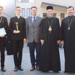 Lotul Olimpic alături de PS Iustin, Insp. Mihai Giosanu și Pr. Dir. Adj. Viorel Laiu