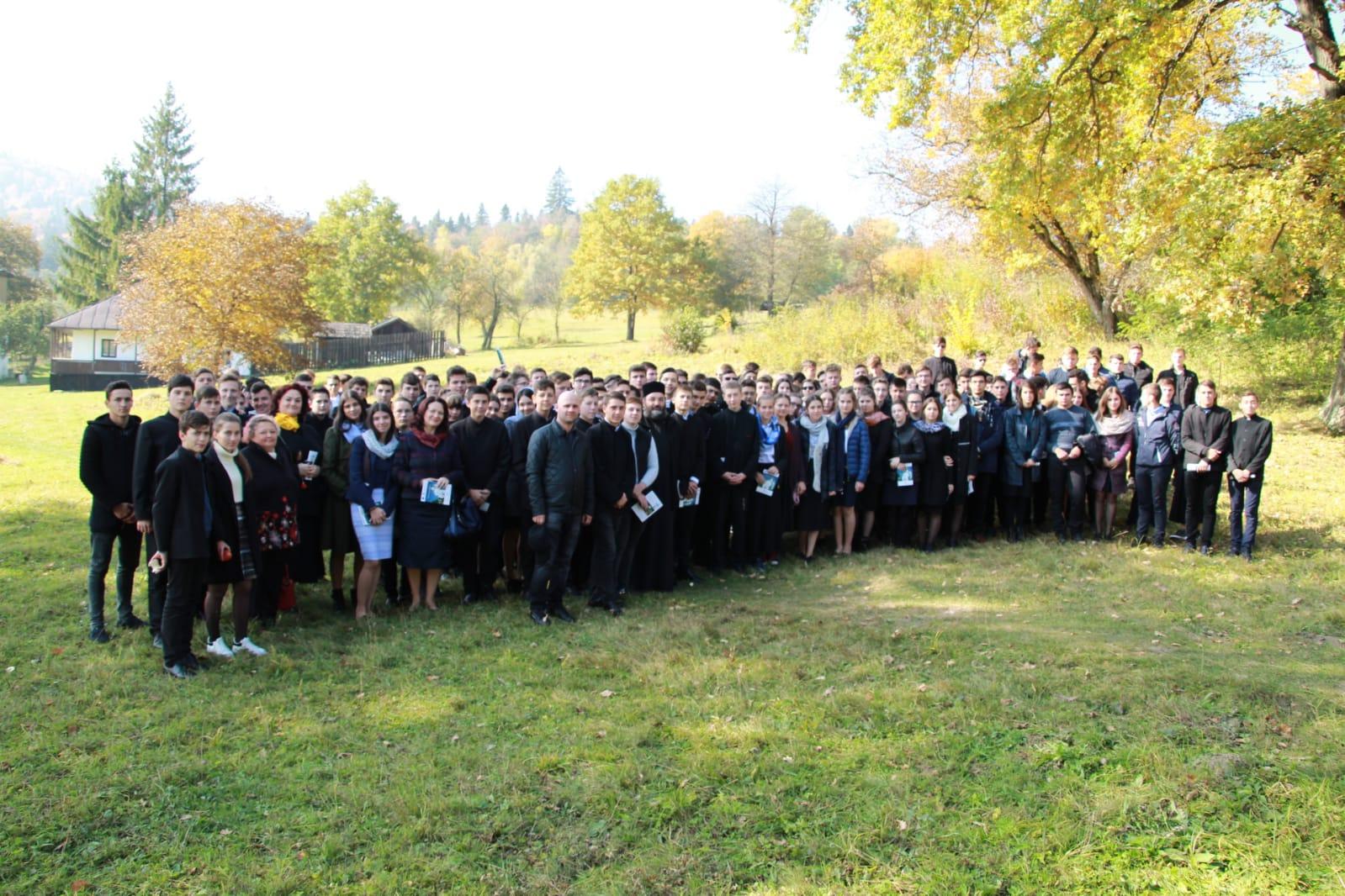 """Activități dedicate """"Școlii altfel"""" la Seminarul Teologic de la Mănăstirea Neamț"""