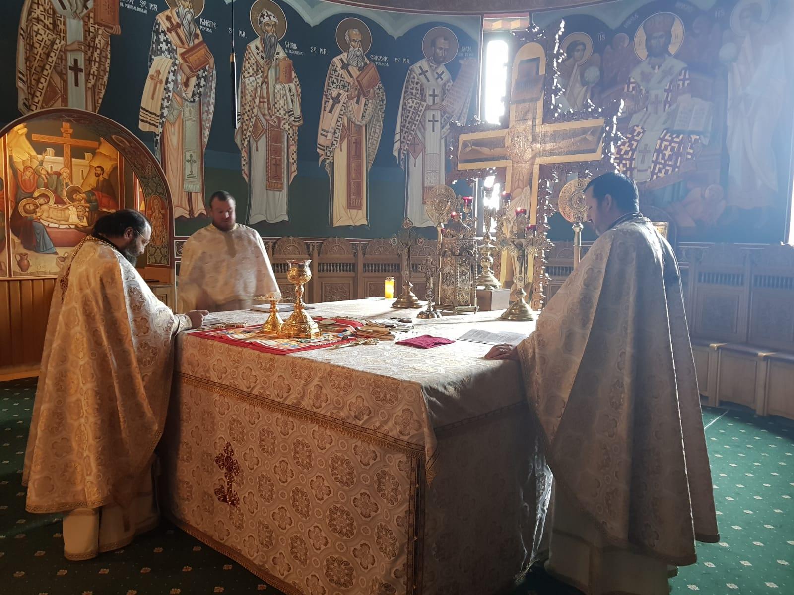 Patronii spirituali ai învățământului teologic cinstiți la Seminarul de la Mănăstirea Neamț