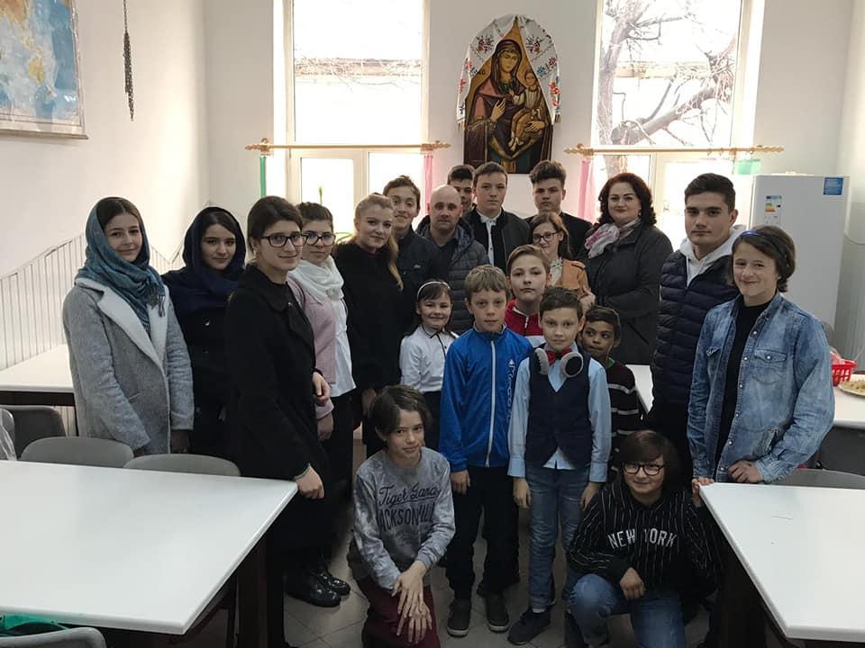 Filantropie din partea elevilor seminariști