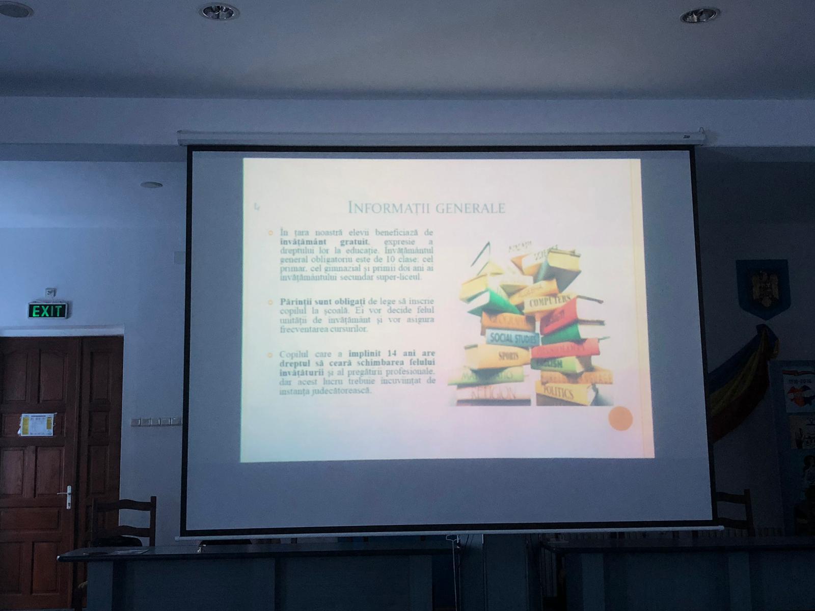 Elemente de educație juridică prezentate elevilor seminariști