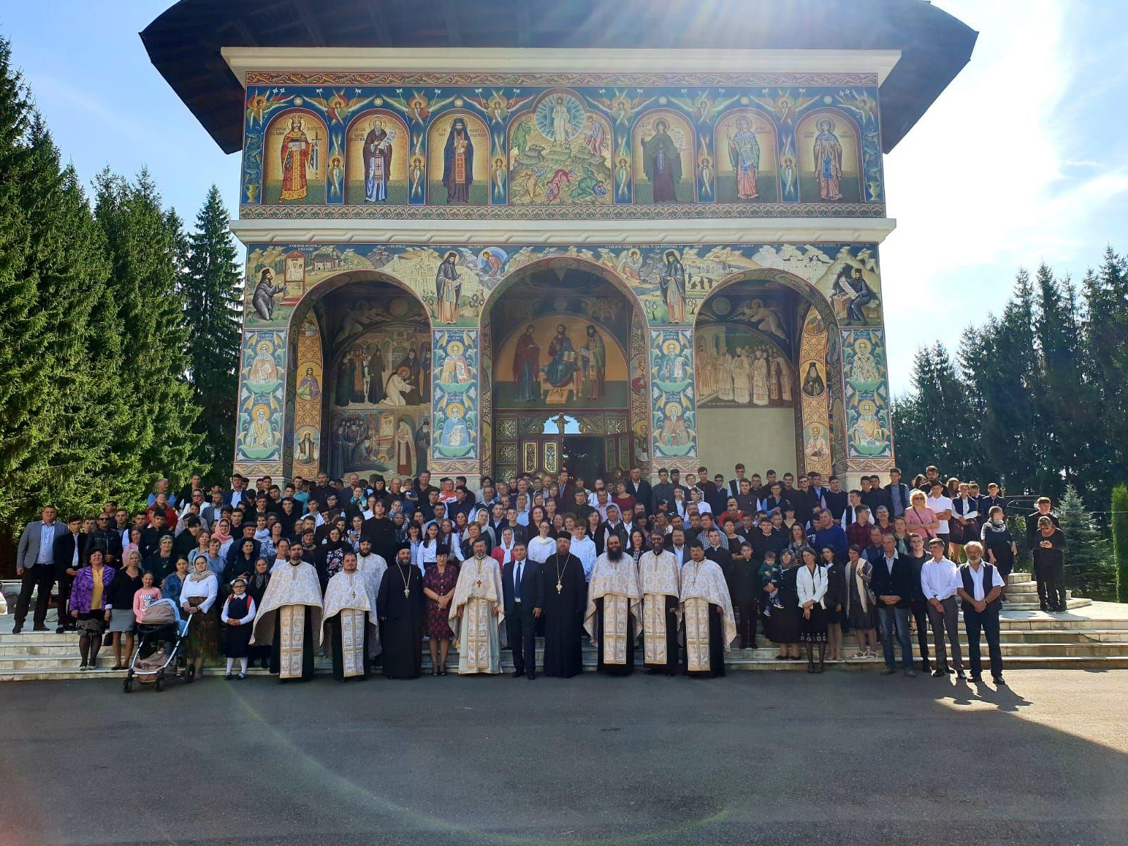 Debutul anului școlar 2019-2020 la Seminarul Teologic de la Mănăstirea Neamț