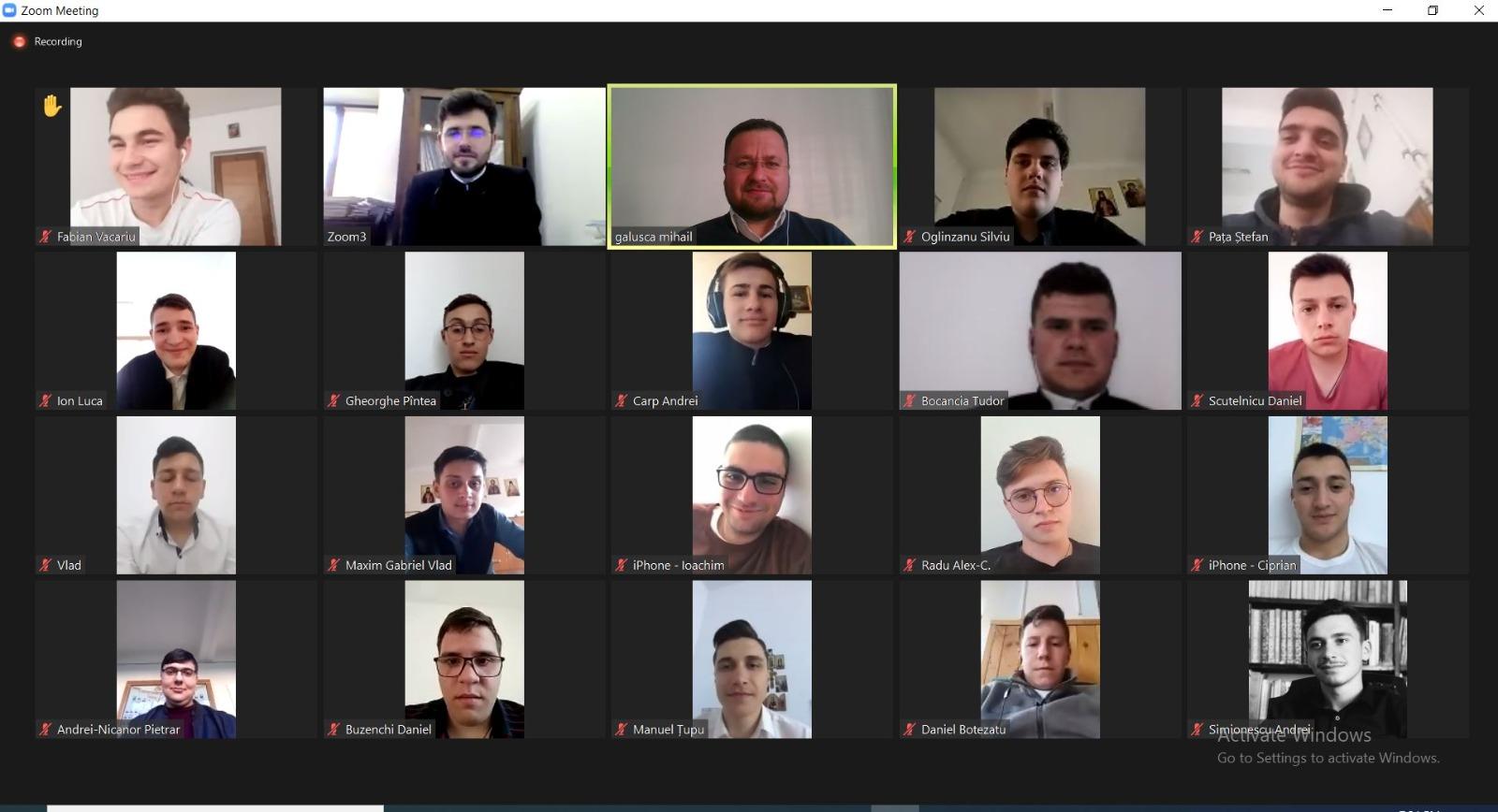 """Elevi seminariști participanți la atelier de lucru cu tema """"Ortodoxie și modernitate"""""""